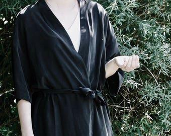 Black Crepe Silk Dress Kimono. Japanese Inspirer Women's Kimono. Holiday, Cocktail Bridesmaid Robe. Fall Fashion. Olivia FW17