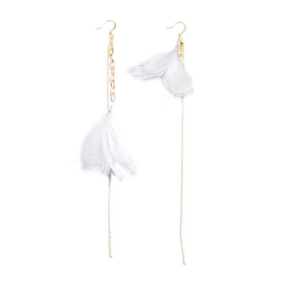 Feather Earrings. White Feather Earrings. Gold Dangle Earrings. Bridesmaid Gift For Her. Wedding Jewelry