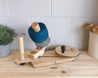 Maple Jumbo Yarn Ball Winder