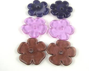 SRA Artisan Nature Themed Lampwork Beads set of six handmade glass flower petal discs patty lakinsmith