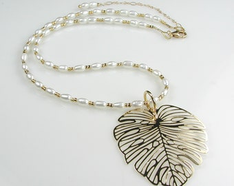 Gold Filigree Leaf with White Rice Pearls Necklace Removable Pendant Adjustable