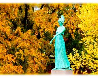 UNCG Minerva in Autumn