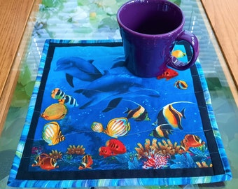 Under the Sea Mug Rug, Quilted Snack Mat, Tropical Fish Quilted Wall Hanging