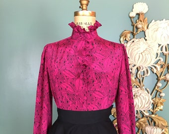 1980s blouse, magenta and black, vintage 80s blouse, medium, mock neck, ruffled cuffs, secretary style, puff shoulders, long sleeve, rayon