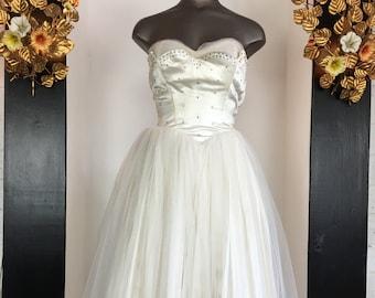 1950s party dress, tea length wedding, cupcake dress, vintage 50s dress, shelf bust dress, rhinestone dress, tulle skirt dress, size x small