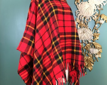 1970s poncho, red plaid cape, blanket coat, vintage poncho, tartan, one size, fringe trim, 1970s cape, vintage cape, mock neck, mod jacket