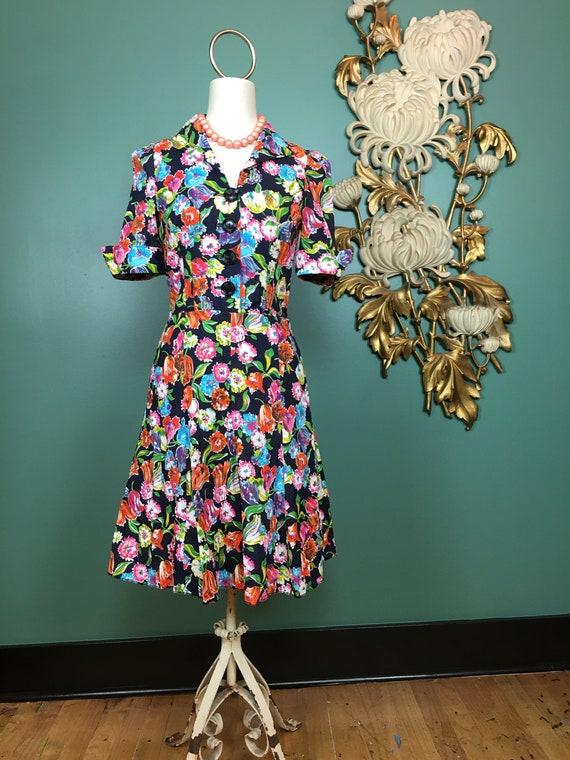 1970s floral dress, vintage 70s dress, fit and fla