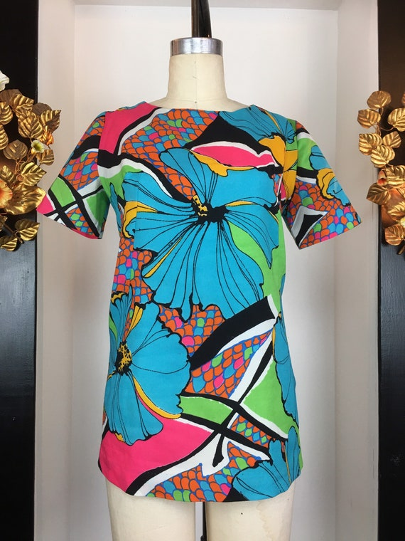 1960s floral top, vintage 60s tunic, psychedelic p