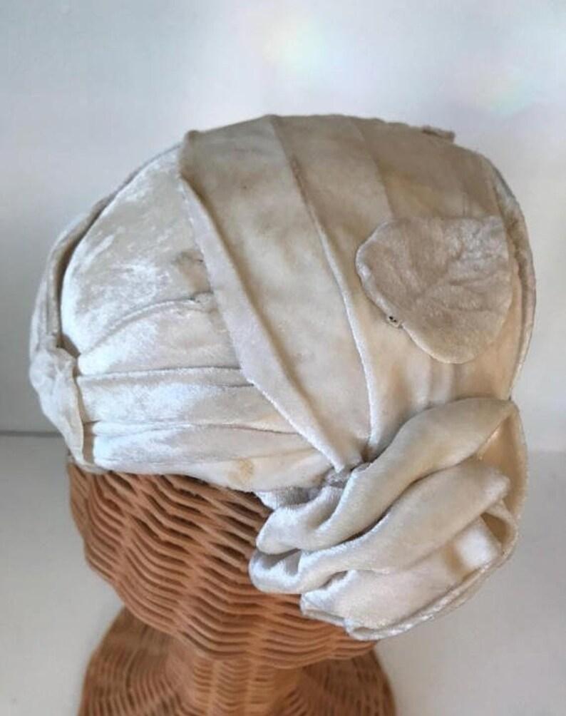 homme couleurs et frappant vente chaude pas cher chapeau Ivoire des années 1950, des années 50 chapeau de velours, chapeau  de mariage, chapeau vintage des années 50, coiffe de velours Ivoire,  chapeau ...