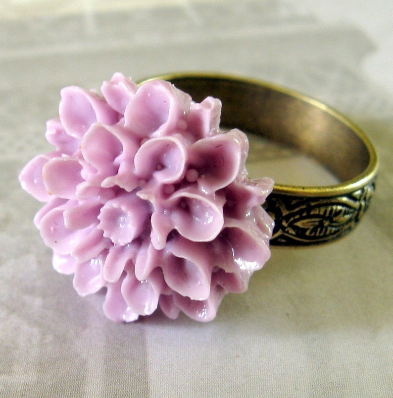 Purple Flower Ring Purple Cocktail Ring adjustible ring image 0