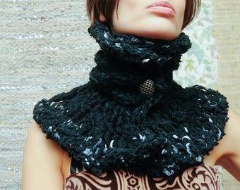 Queen of Spades Collar