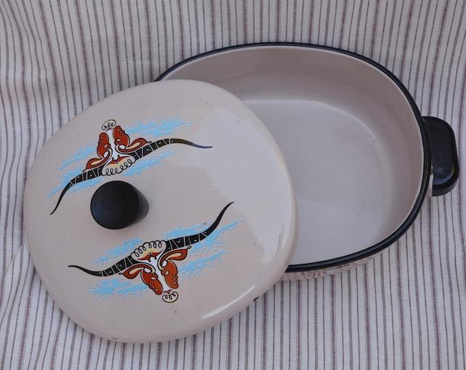 Vintage mid century Monterrey ware, enamelware longhorn casserole dish