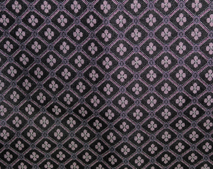 Repeating Diamond pattern fabric woven upholstery fabric