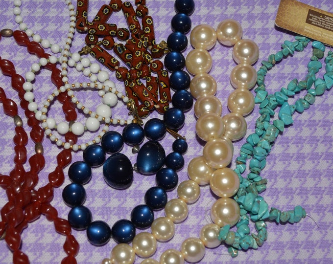 Used jewelry for upcycling jewelry making