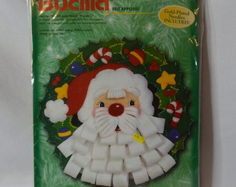 Bucilla kit, Santa applique Christmas wreath door decor