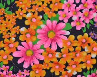 1970s ready quilted fabric, bright mod floral daisies, Half Yard