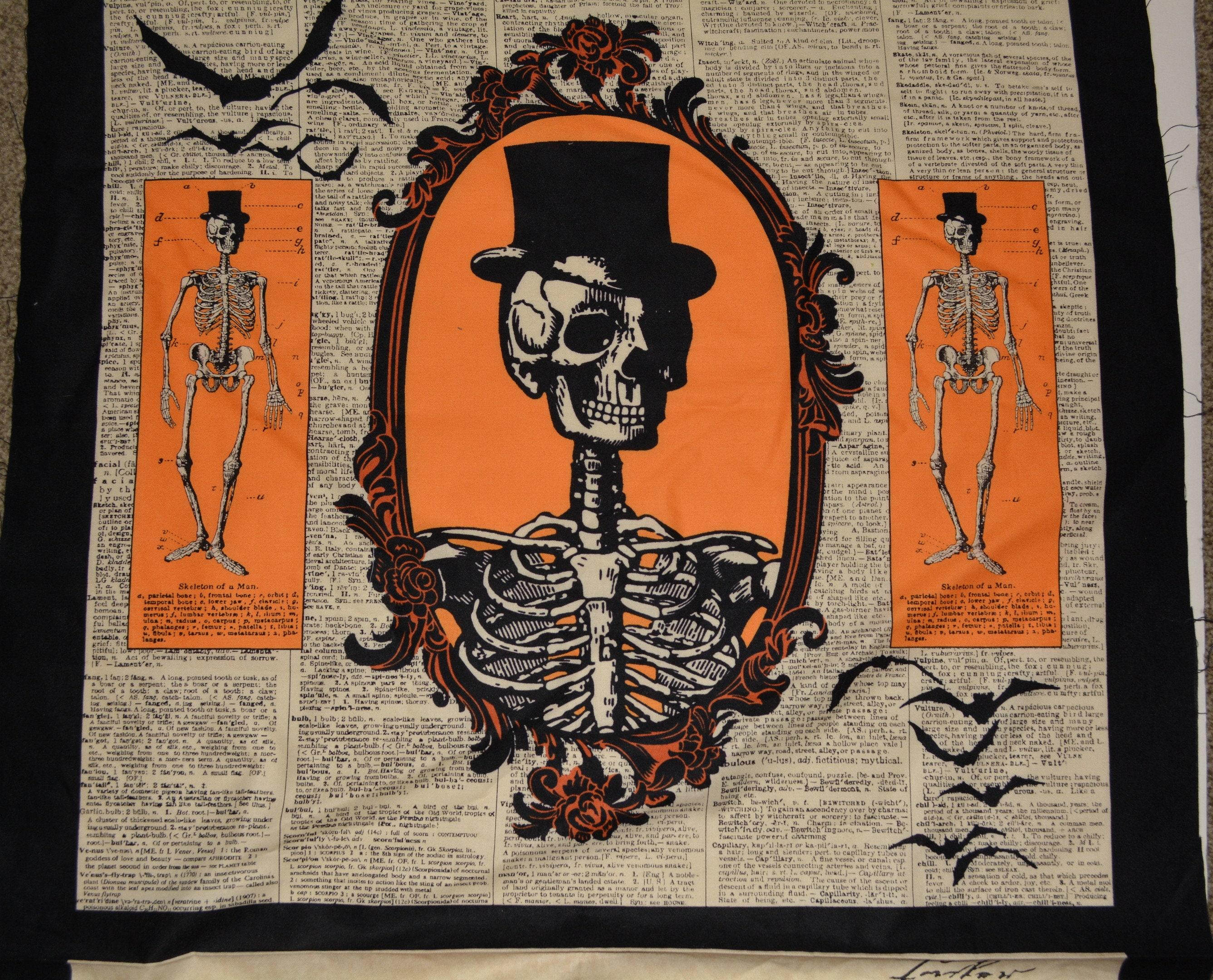 Halloween quilt fabric panels Chillingsworth skeleton fabric