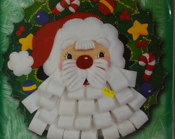 Vintage Bucilla kit, Christmas Santa wreath applique kit