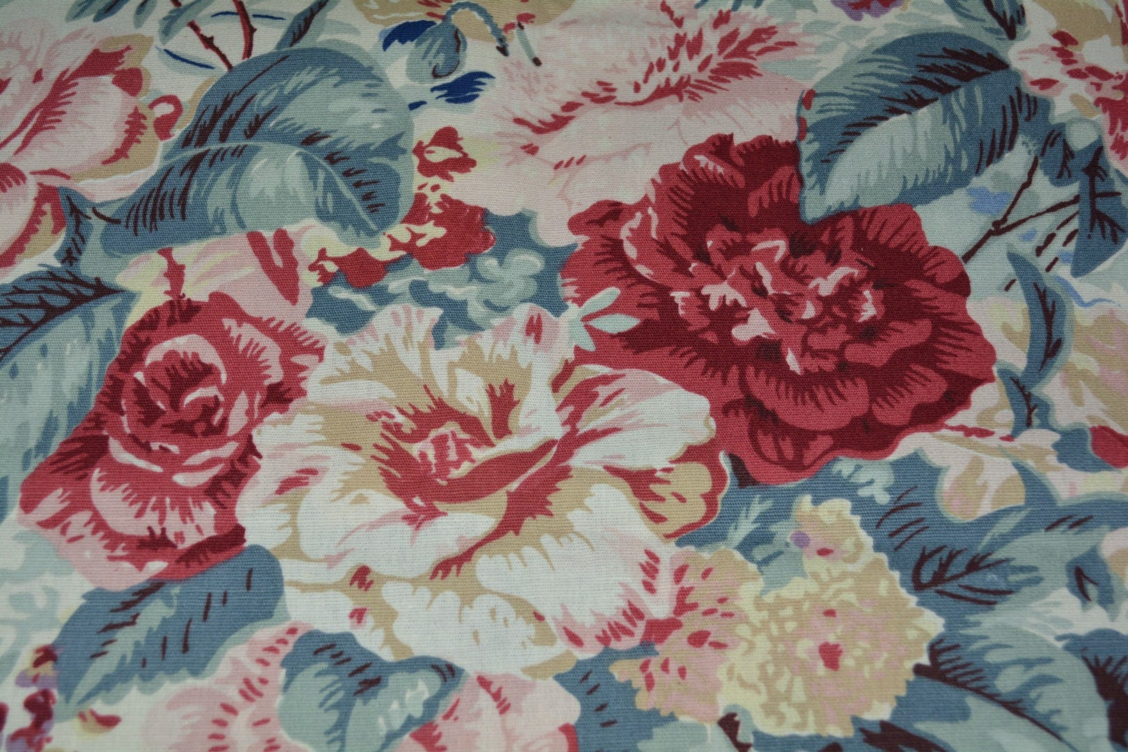 Shabby Chic Decor Laura Ashley Vintage Upholstery Fabric Floral