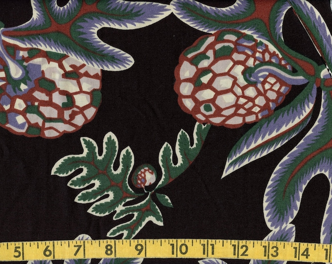 Large print Fall leaves fabric by the yard, autumn theme Hoffman fabric
