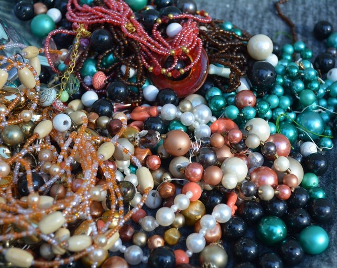 Beaded necklace destash, costume jewelry lot 8 cups total