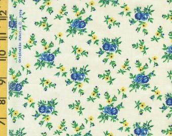 Vintage blue roses print fabric, 1970s Originelle fabrics by the half yard