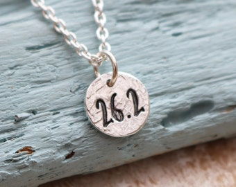 Marathon Runners Necklace - gift for runner, running jewellery, Run Necklace, Running Motivational jewellery, Running Necklace, 26.2 pendant