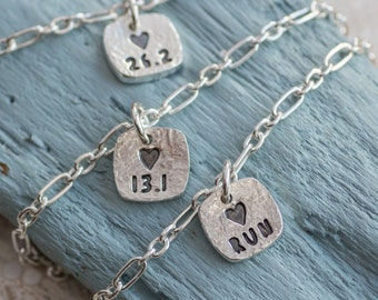 Runners Bracelet, Runners Charm Bracelet, gift for runner, marathon, half marathon, love to run, Runners Jewellery, Run jewellery, Running