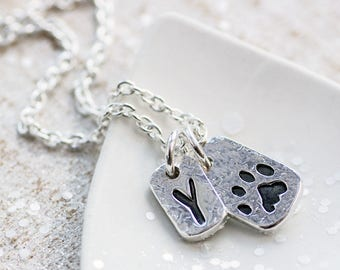 Paw Print Necklace with Initial Charm, Pet Necklace Personalised, Pet Remembrance Necklace, Custom Paw Print Necklace, Cat Loss Necklace