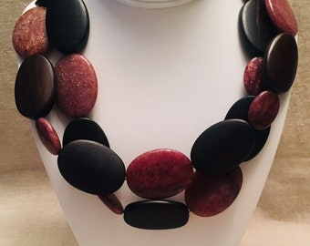 Muscovite and Wood Long Necklace