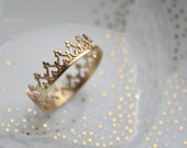 14k solid gold crown ring. wedding band. engagement ring