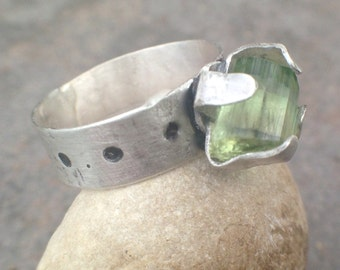 Raw Tourmaline Crystal Sterling Silver Ring - bold ring, crystal ring, tourmaline ring, tourmaline jewelry, US Size 6.5