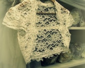 Romantica Lace Bridal Shrug - Vintage Inspired Wedding Lace Bolero in Ivory