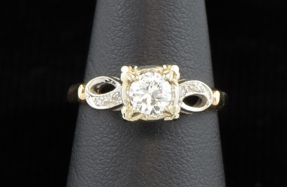 Super Fiery Vintage Engagement Ring, Beautiful Old