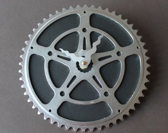 Bicycle Gear Clock - Black Star | Wall Clock | Recycled Bike Parts Clock