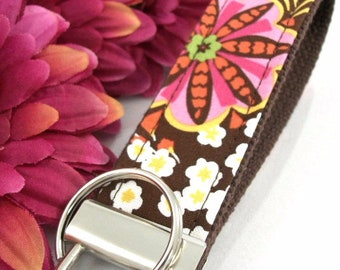 Handmade Floral Keychain, College Graduation Gift for her, I Miss You Gift, Mom Gift from Son