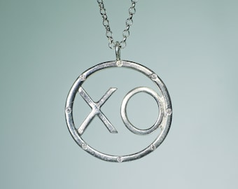 XO Pendant in Sterling Silver with Diamonds