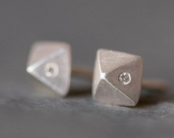 Single (ONE ONLY) Small Pyramid Stud Earrings