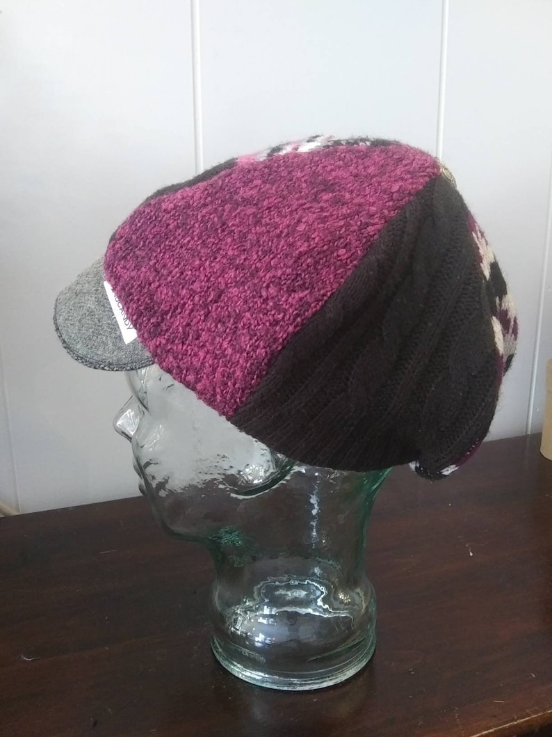 HandCandy Sweater Newsboy  black purple pink