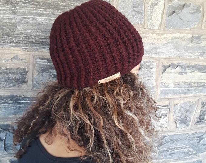 WOMEN'S HAT/CROCHET beanie/skull cap beanie/holiday gift/gift for her/unisex beanie/ crochet hat/gift for him/Burgundy crochet winter hat