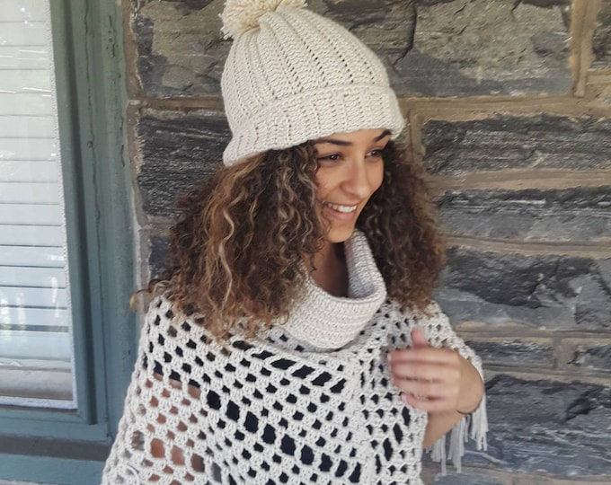 OFFWHITE CROCHET HAT/Chunky slouchy beanie/holiday gift/gift for her/women hat/pompom beanie/Women's beanie/ slouchy hat/crochet winter hat