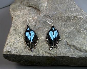 American Indian Beaded Earrings, Heart earrings, Turquoise and black brick stitched earrings, Native American earrings, boho style,