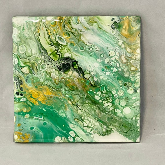 6 inch Trivet Handmade Resin Epoxy Metallic Green Gold Ceramic Tile Coaster Artisan Made Gift Home Decoration