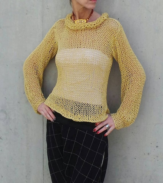 abf6b1c9c574 Yellow sweater