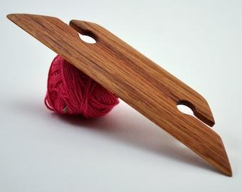 "Small Inkle Weaving Shuttle Beveled Belt Shuttle for Inkle Loom Belt Weaving Strap Weaving Card Weaving Tablet Weaving Tools - Red Oak 4.5"""