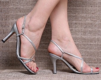 b1fb76a7c803 US 6.5 Party Heels Silver Sandals 70s Metallic Silver Vintage Shoes High  Heel Leather Sole Sandals Made In Colombia. Eur 37 UK 4