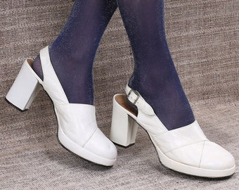 0c513bcc0a886 US size 8 Platform Boho Sandals 70s Pastel Beige Suede Heels | Etsy