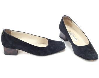 dba7bddc27d4d Low heel office shoe   Etsy
