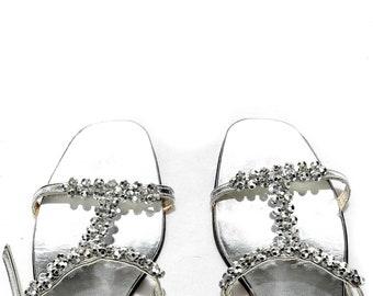 bc9f16693 US 7.5 Wedding Silver Sandals Crystal 70s Holiday Metallic Shiny Faux  Crystal Vintage Embellished Ladies Leather Inside Shoes . EUR 38 UK 5