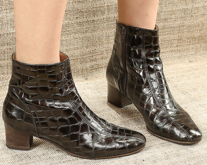 20e9cf9b6cc4c US 7.5 Reptile Boots 80s Brown Leather Ankle Booties Croc Pattern Chunky  Heels Zip Up Booties High Italian Quality Leather Sole UK 5 EUR 38